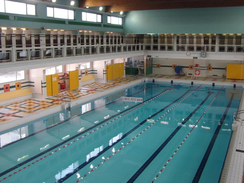 Allemagne la justice oblige une jeune musulmane aller for Cannes piscine municipale
