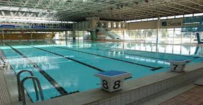 Une association musulmane r serve une piscine uniquement - Piscine carrelage blanc saint etienne ...