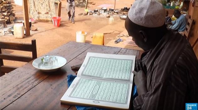 Centrafrique l 39 39 v ch de bangassou a recueilli 2000 for Salon musulman 2017