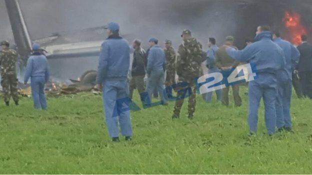 Alg rie 257 morts dans le crash d 39 un avion militaire for Ministere de l exterieur