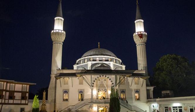 Berlin : Un groupe terroriste affirme avoir piégé la Mosquée