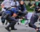 MIAMI: LA POLICE LA VIOLENTE ET LA FORCE A RETIRER SON HIJAB !