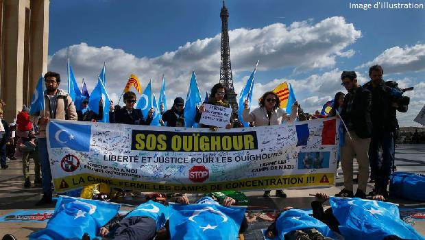 RETOUR SUR LA MANIFESTATION CONTRE LE GÉNOCIDE OUÏGHOUR A PARIS ! #VIDÉO
