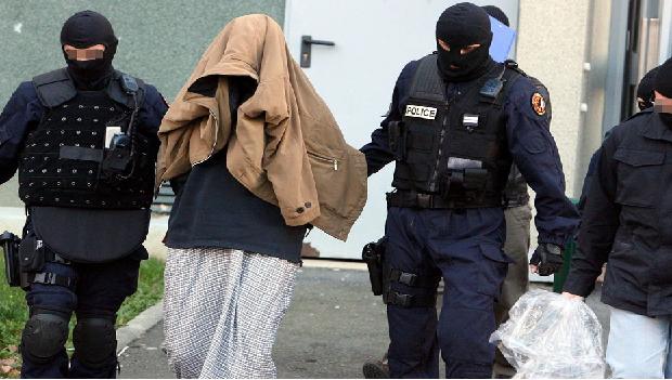 UN IMAM ARRÊTÉ PAR LA POLICE ! #SÉPARATISME #95